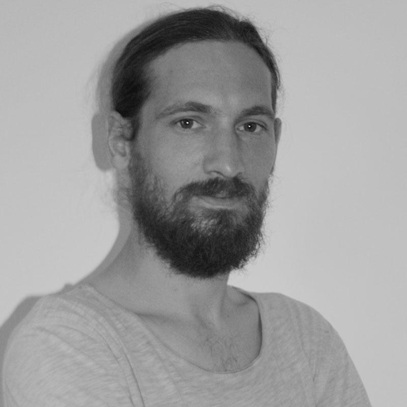 Bertrand - Voix off et sound designer